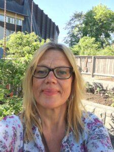 Ulrika Flodin Furås selfie i Vasamuseets trädgård2
